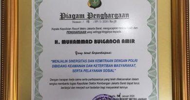 Piagam Penghargaan dari POLRI kepada Abang Bulganon Amir